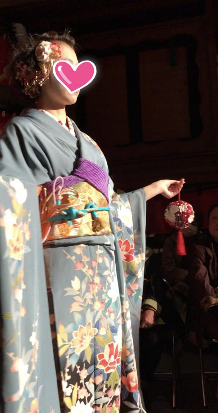 須坂着物ファッションショー つまみ細工『カカ』のボールブーケを使っていただきました!!