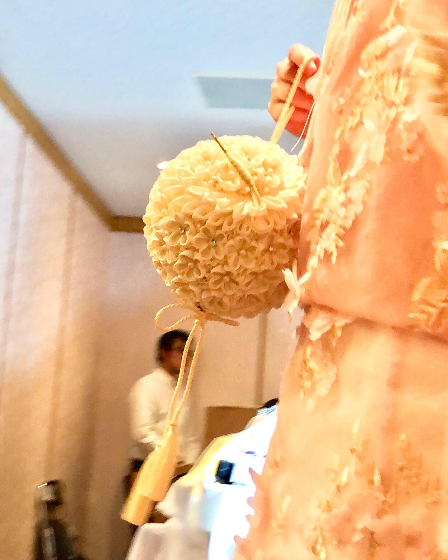 ブライダルファッションショーに、つまみ細工『カカ』の作品を使っていただきました!!